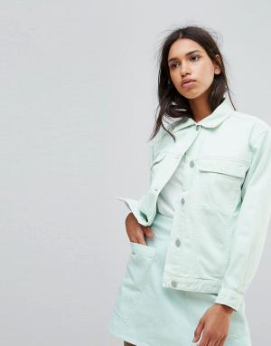 Джинсовая оверсайз-куртка бледно-мятного цвета Karin Waven. Цвет: зеленый