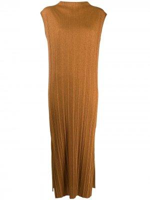 Платье миди в рубчик Alysi. Цвет: коричневый