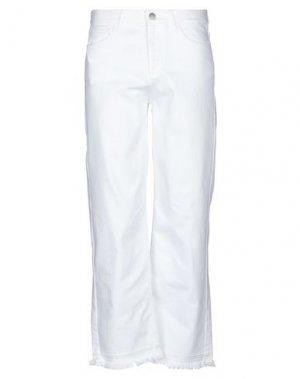 Джинсовые брюки VALENTINO. Цвет: белый