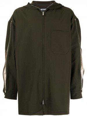 Куртка с капюшоном и молниями Jacquemus. Цвет: зеленый