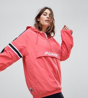 Розовая ветровка с капюшоном Plus эксклюзивно для ASOS Puma. Цвет: розовый