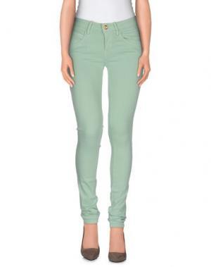 Джинсовые брюки FORNARINA. Цвет: светло-зеленый