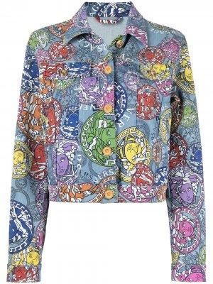 Джинсовая куртка с принтом Medusa Amplified Versace. Цвет: синий