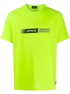 Футболка с логотипом U.P.W.W.. Цвет: зеленый