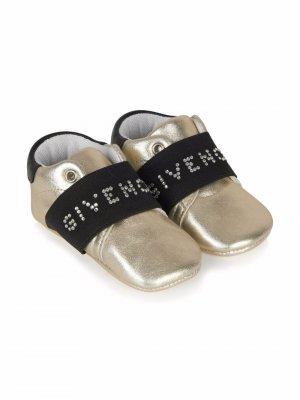 Logo-studded slip-on sneakers Givenchy Kids. Цвет: золотистый