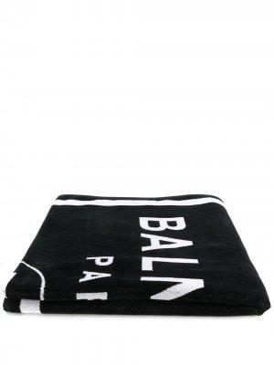 Пляжное полотенце с логотипом Balmain. Цвет: черный