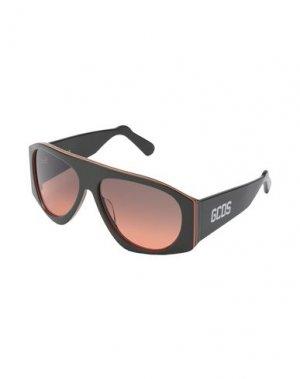Солнечные очки GCDS. Цвет: зеленый-милитари