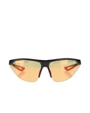Солнечные очки NIKE. Цвет: оранжевый