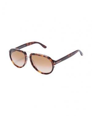 Солнечные очки TOM FORD. Цвет: коричневый