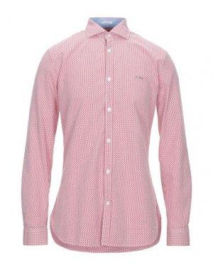 Pубашка GUESS. Цвет: красный