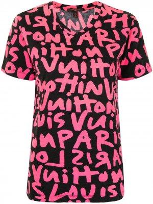 Футболка pre-owned с принтом граффити Louis Vuitton. Цвет: розовый
