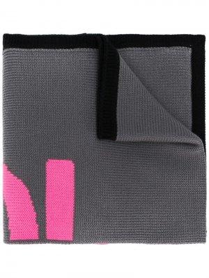Трикотажный шарф с логотипом Fendi. Цвет: розовый