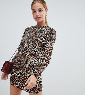 Платье с высоким воротом и леопардовым принтом Fashion Union Рetite Petite. Цвет: мульти