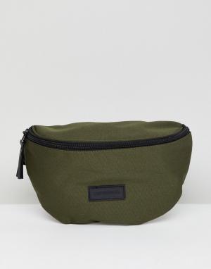 Зеленая сумка-кошелек на пояс Consigned. Цвет: зеленый
