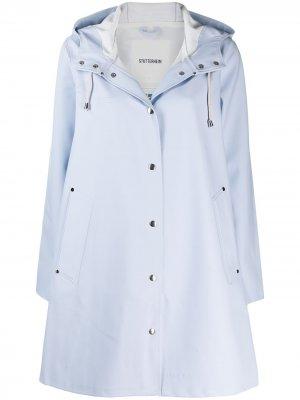 Пальто Mosebacke с капюшоном Stutterheim. Цвет: синий