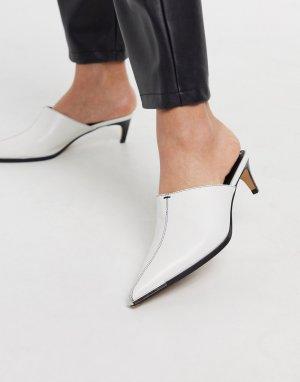 Белые мюли на каблуке с острым носом -Белый Topshop