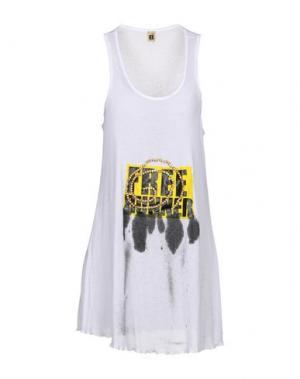 Короткое платье B2. Цвет: белый
