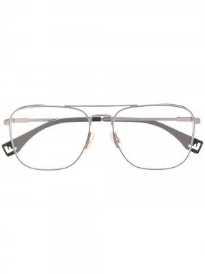 Очки-авиаторы Fendi Eyewear. Цвет: серый