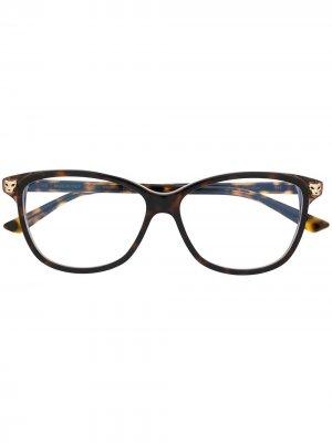 Очки в оправе черепаховой расцветки Cartier. Цвет: коричневый