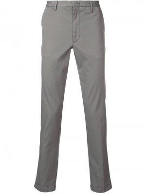 Классические брюки чинос Boss Hugo. Цвет: серый