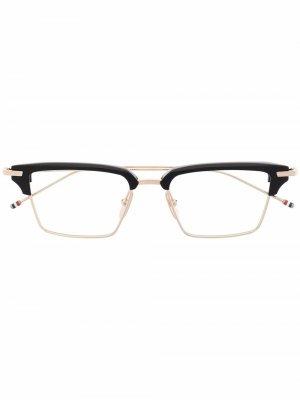 Очки в квадратной оправе с полосками RWB Thom Browne Eyewear. Цвет: золотистый