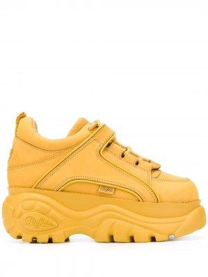 Кроссовки на платформе со шнуровкой Buffalo. Цвет: желтый