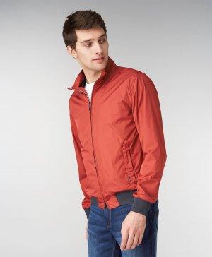 Куртка-ветровка HENDERSON. Цвет: красный