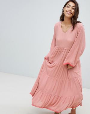 Пляжное платье макси с ярусной юбкой Maxi Anmol. Цвет: розовый
