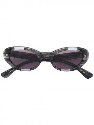 Солнцезащитные очки в оправе кошачий глаз Christian Roth. Цвет: серый