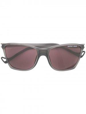 Солнцезащитные очки Keiichi в квадратной оправе District Vision. Цвет: фиолетовый