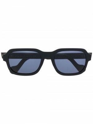 Солнцезащитные очки в прямоугольной оправе Moncler Eyewear. Цвет: черный