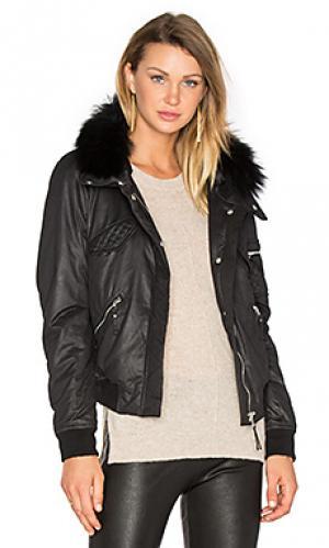 Куртка-бомбер из азиатского енота georgina Generation Love. Цвет: черный