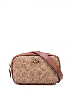 Поясная сумка с логотипом Coach. Цвет: коричневый