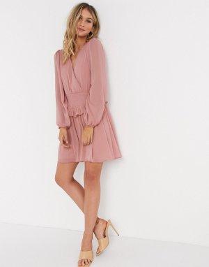 Розовое короткое приталенное платье с присборенной талией и запахом -Розовый ASOS DESIGN