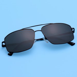 Мужские поляризованные солнцезащитные очки в металлической оправе SHEIN. Цвет: чёрный
