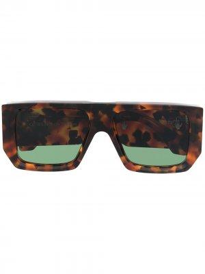 Солнцезащитные очки Tropez в прямоугольной оправе Off-White. Цвет: зеленый