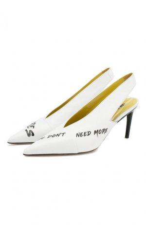 Кожаные туфли Baldan. Цвет: белый