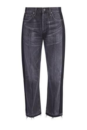 Широкие джинсы со сложным окрашиванием, бахромой и прошитыми стрелками CITIZENS OF HUMANITY. Цвет: серый