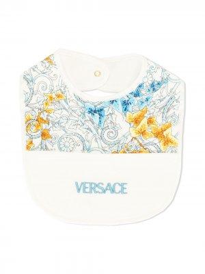 Нагрудник с принтом Baroque Young Versace. Цвет: белый