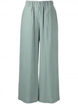 Расклешенные брюки широкого кроя Alysi. Цвет: зеленый