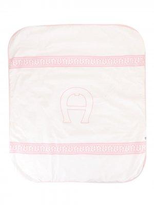 Одеяло с вышивкой Aigner Kids. Цвет: розовый