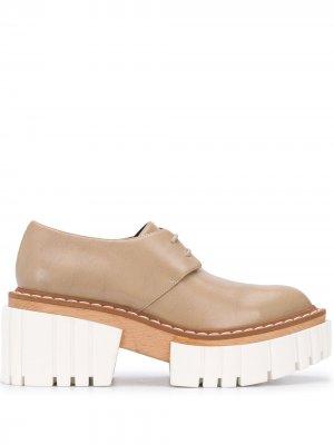 Туфли Emilie на платформе со шнуровкой Stella McCartney. Цвет: нейтральные цвета