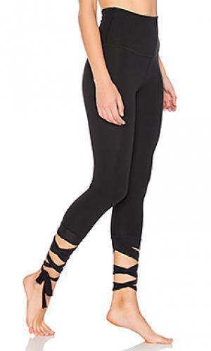 Леггинсы капри just your stripe Beyond Yoga. Цвет: черный