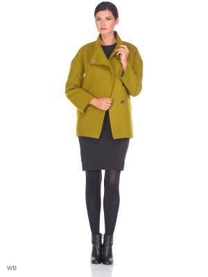 Пальто Amulet. Цвет: оливковый