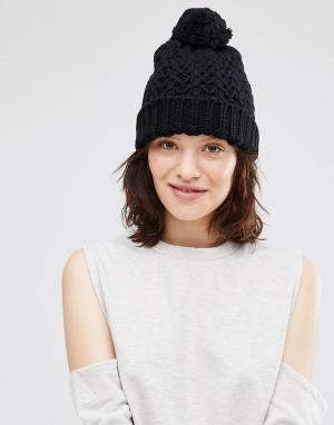 Ажурная шапка крупной вязки с помпоном Johnstons. Цвет: черный