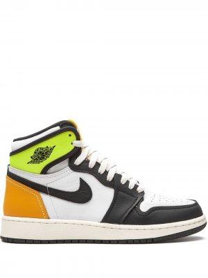 Кроссовки Air Jordan 1 Retro High Volt Gold Nike Kids. Цвет: черный