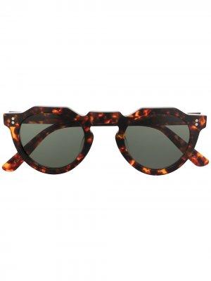 Солнцезащитные очки Pica в круглой оправе Lesca. Цвет: коричневый