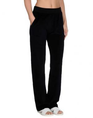 Пляжные брюки и шорты VERSACE. Цвет: черный