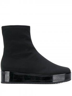 Ботинки на платформе Hogl. Цвет: черный