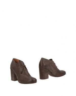 Полусапоги и высокие ботинки ROBERTO DEL CARLO. Цвет: хаки